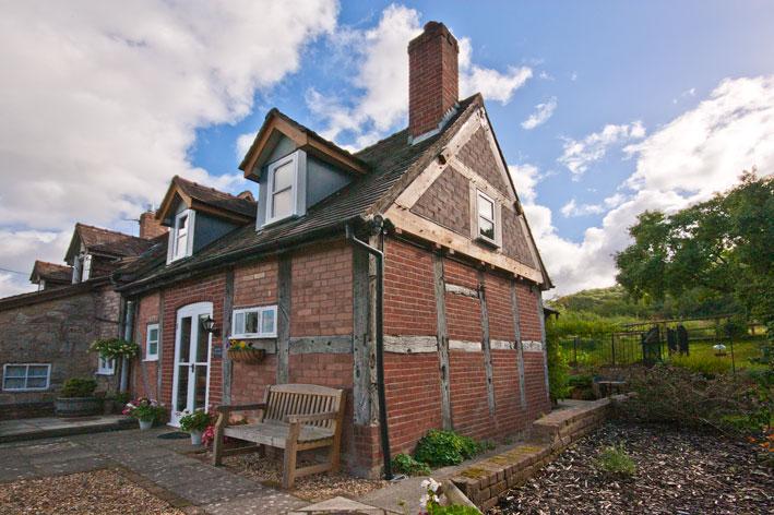 Simply-Folly_Cottage_holidaycottage_Ironbridge1