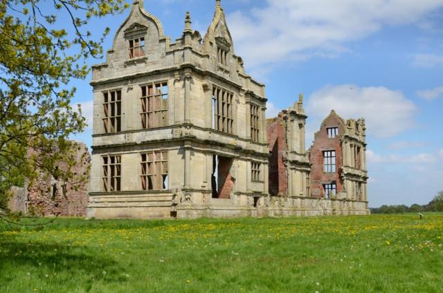 moreton-castle