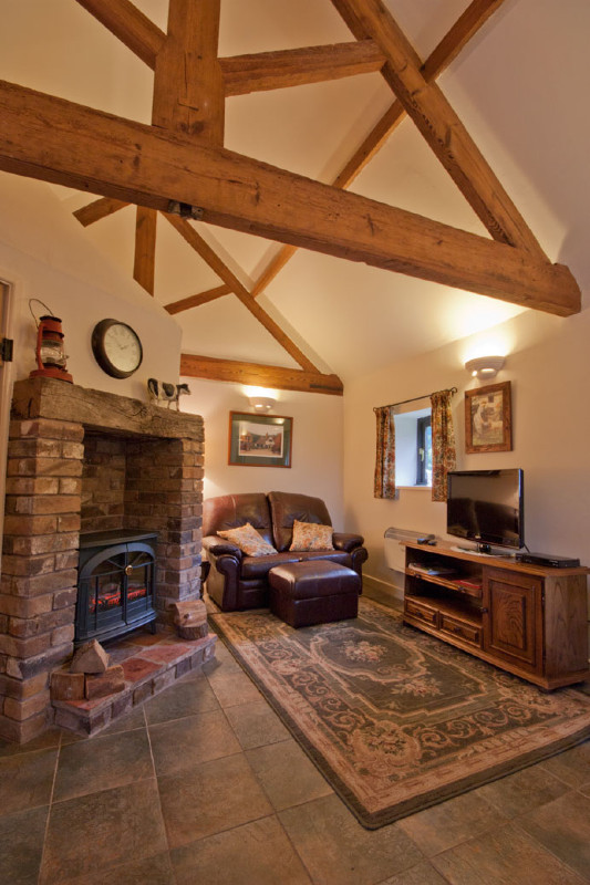 simply-the-byre-Lounge_cottage_cosy_Shropshire