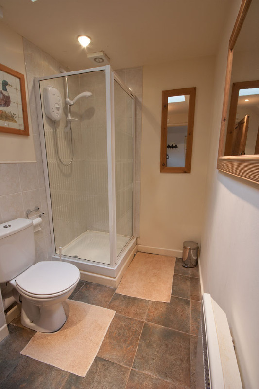 simply-the-byre-Shower_The_Byre
