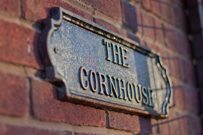 simply-the_cornhouse-sign