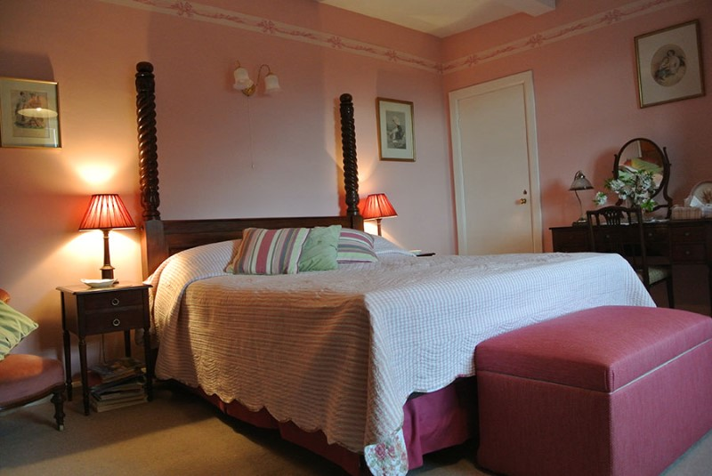 pink-room-brimford-criggion